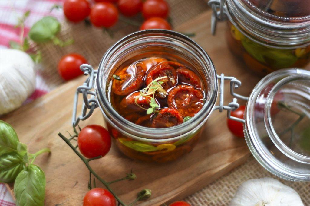 Getrocknete Tomaten. So lcker kann man Lebensmittel haltbar machen.